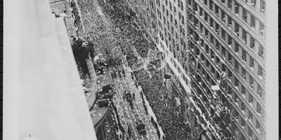Ticker tape parade New York 1920s