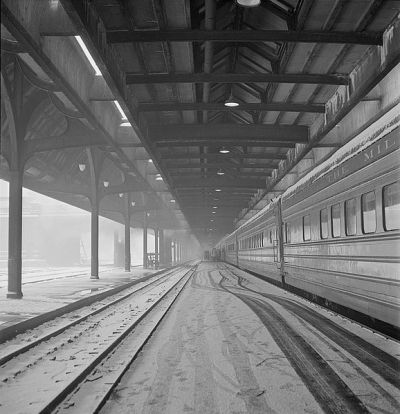 Train at Union Station, Chicago