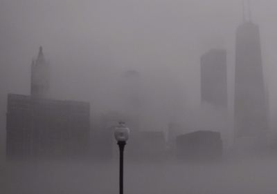 Chicago-Illinois-USA-skyline-fog