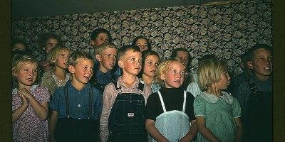Sing children, sing